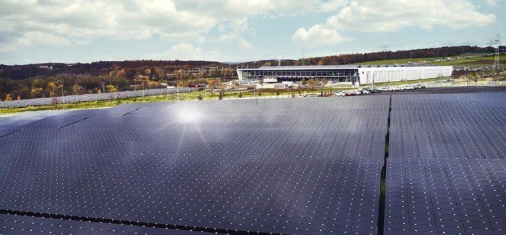 Mit Künstlicher Intelligenz Wirtschaftlichkeit und Zuverlässigkeit von Photovoltaik- und Speichersystemen steigern