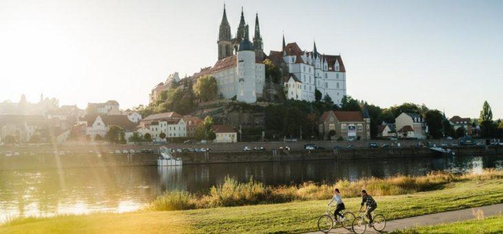 Zweite Episode vom offiziellen Dresden Elbland Podcast NU GUCKE MA DA! online