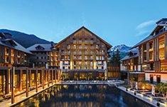 Hotels mit Ladestation für Elektroautos im Alpenraum – schnell gefunden mit neuer Online-Plattform EmobilHotels