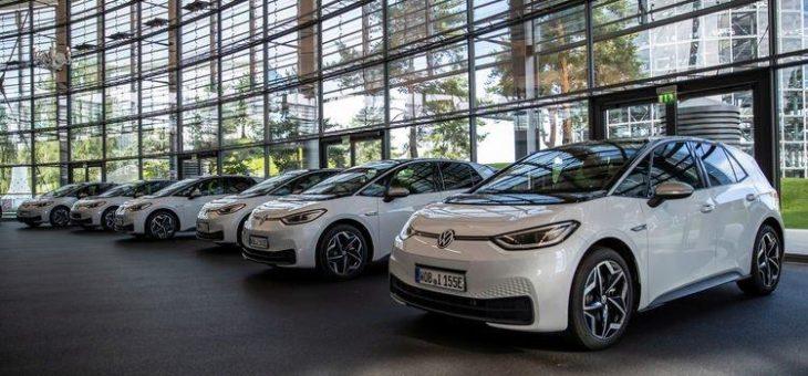 ID.3 Roadshow: 100 Fahrzeuge auf dem Weg zum Training der Händler