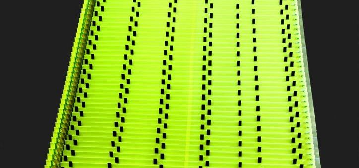 Freitragende Breiten, unbegrenzter Länge und frei wählbar Faltenbreiten – Arno Arnold bietet flexiblen und passgenauen Rundum-Schutz für Maschinen