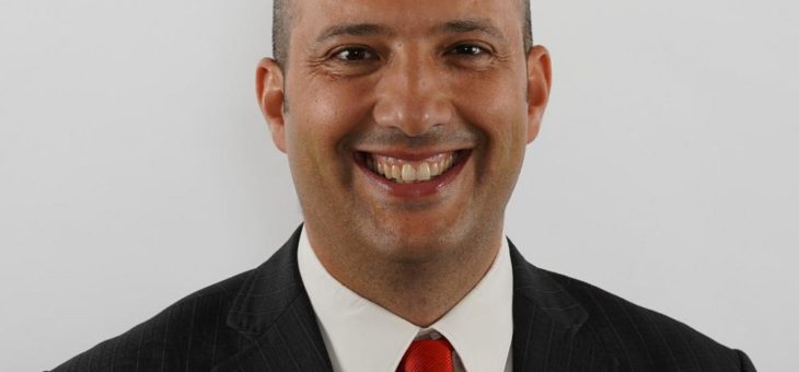 Dr. Antonio Garcia zum Professor für Luft- und Raumfahrttechnik ernannt