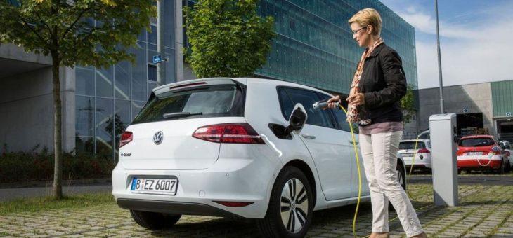 Elektromobilität: Aufbau von intelligenten Ladestationen