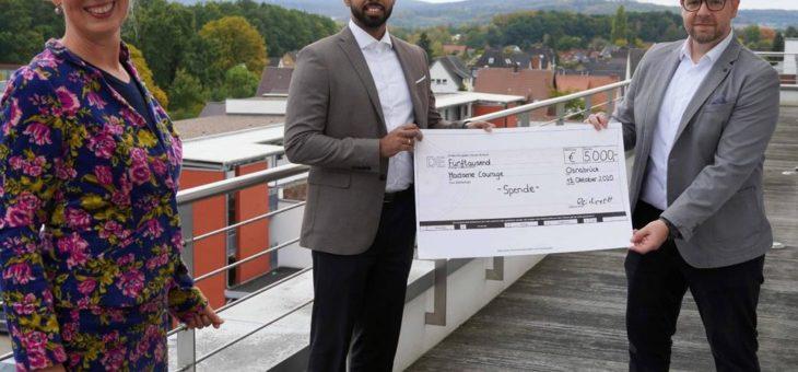 5.000 Euro, um alleinerziehenden Studierenden den Studienabschluss zu ermöglichen