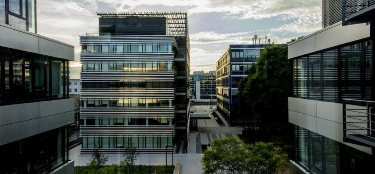 Rohde & Schwarz weist weiterhin positive Geschäftsentwicklung in wirtschaftlich schwierigem Umfeld auf