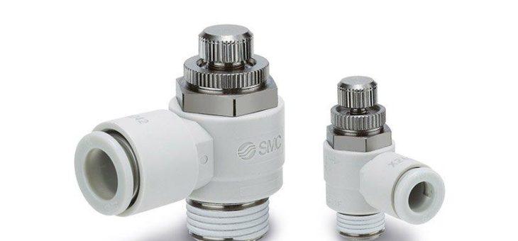 Hart im Nehmen: Drosselrückschlagventil AS-X242-J in Winkelausführung mit Einstellknopf aus Metall