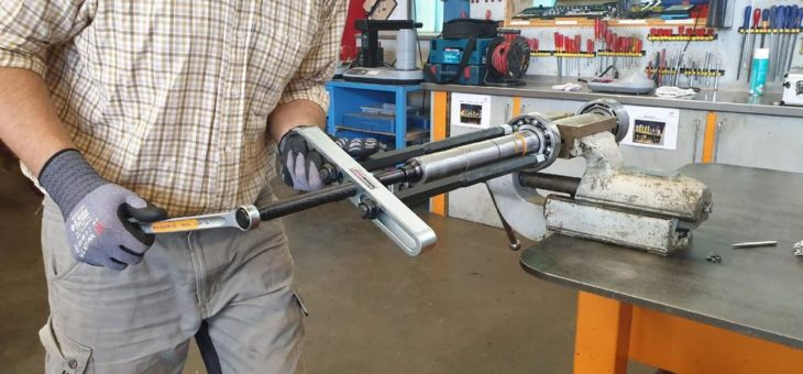 Bearing Puller BP 160 – Der Ausbauprofi fürs Grobe