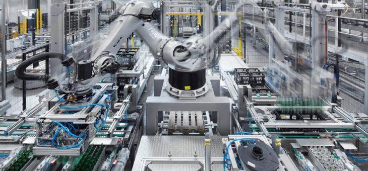 Robotik: KHS bietet seit 25 Jahren zuverlässige Technologie für Palettieraufgaben
