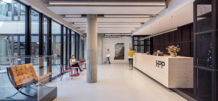 Kreativ-Werkstatt mit puristischem Bodendesign