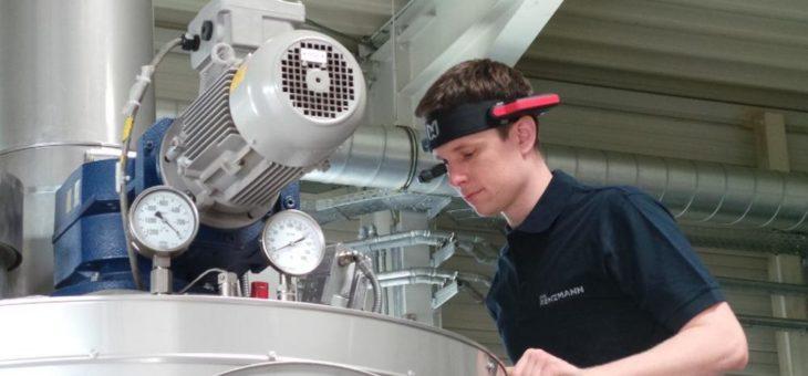 RENZMANN nutzt  AR Brillen zur Unterstützung von Technikern vor Ort