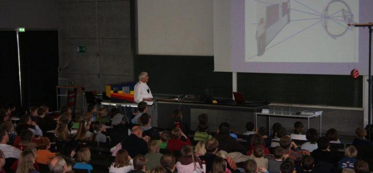 Kinder-Uni des explorhino zu optischen Täuschungen