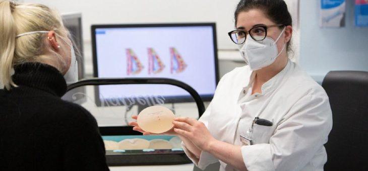 """20. April: Online-Patientenseminar """"Plastische Chirurgie der weiblichen Brust"""" am Universitätsklinikum Leipzig"""