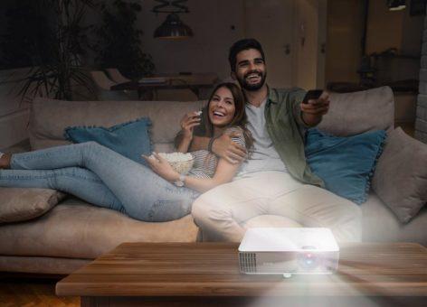 BenQ W1800i – 4K Heimkino Beamer mit Android TV garantiert  höchste Farbgenauigkeit