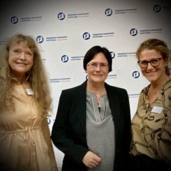 Ministerpräsidentin Christine Lieberknecht a.D., Marion Walsmann, Mitglied des Europäischen Parlaments, Gabriele Stötzer Schriftstellerin & Künstlerin